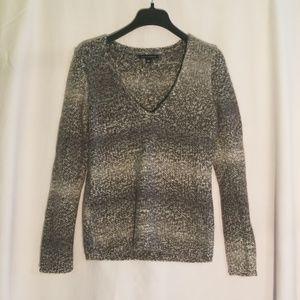 Banana Republic wool alpaca v neck sweater